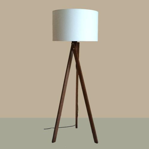 tripod lampadaire trois pieds lampe abat jour rond bish. Black Bedroom Furniture Sets. Home Design Ideas