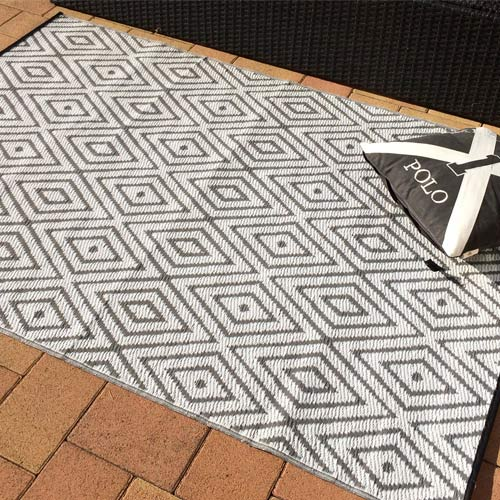 outdoor carpet